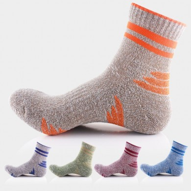 Men Fall Winter Secagem rápida Polyster Sports Basketball Colors Patchwork Socks