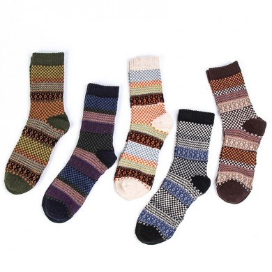 Mens Winter Ethnic Pattern Middle Tube Five Pairs Of Socks