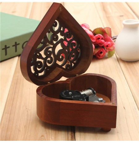 Retro Heart-shaped Carving Wooden Wind Up Music Box