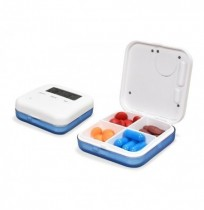 Loskii CR-210 Electronic Timing Medication Organizador Mini píldoras de vitaminas diarias portátiles Caso con pantalla digital A