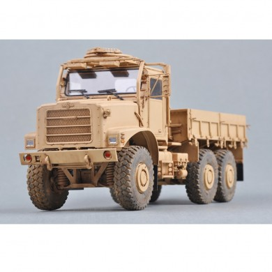 Trumpeter 1:35 US MTVR DIY Assembled Cargo Military Truck Model Building Set