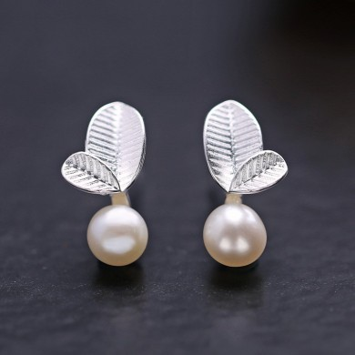 Sweet 925 Sterling Silver Leaves Pearl Earrings Women Jewelry