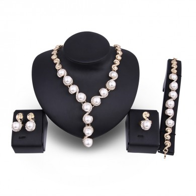 18K Gold Plated Necklace Pearl Brincos Anel Rhinestone Wedding Party Jewelry Set para Mulheres