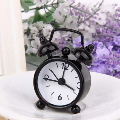 Classic Vintage Alarm Clock Electronic Desk Table Watch Mechanical Alarm clock Travel Vibrati